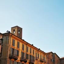 Alba e le sue torri, Langhe - Piemonte